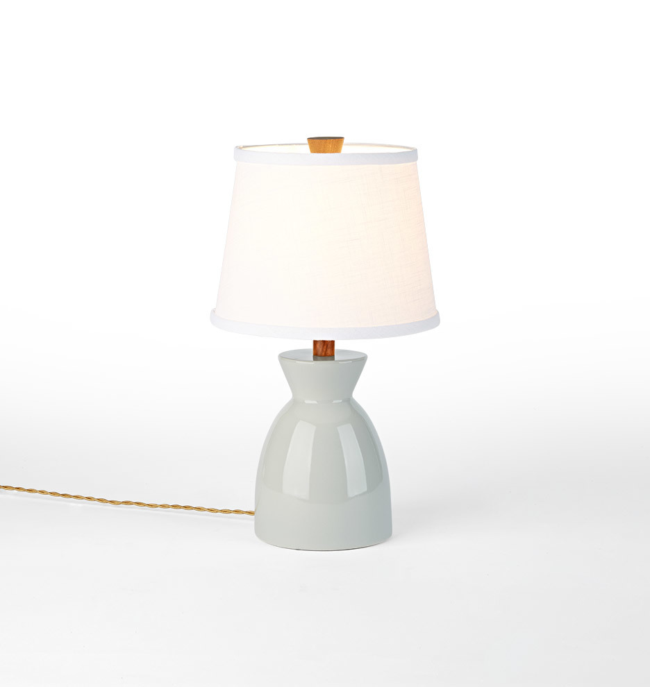 Sullivan table lamp rejuvenation geotapseo Images