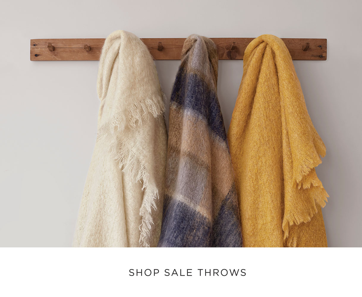 Shop Sale Throws