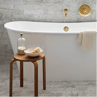 1218 bathlp 325x325 0015 5 bathtubs