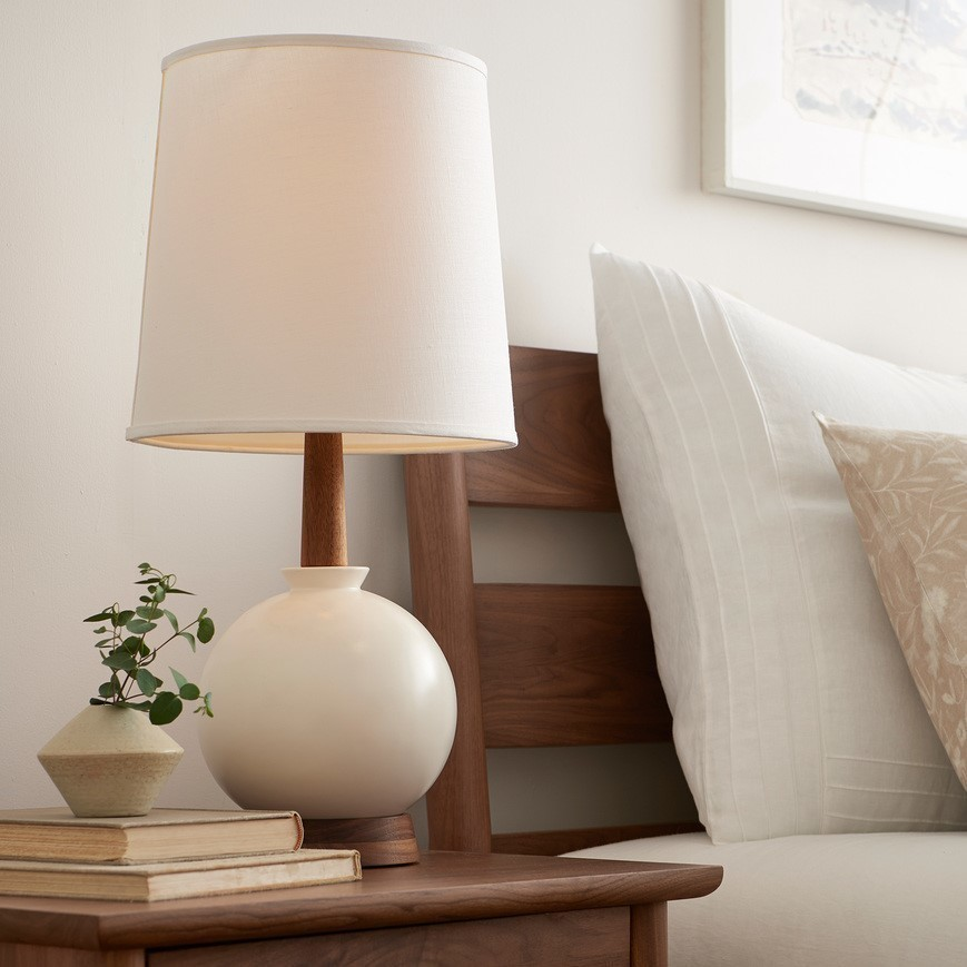 Caravan pacific table lamp sqr