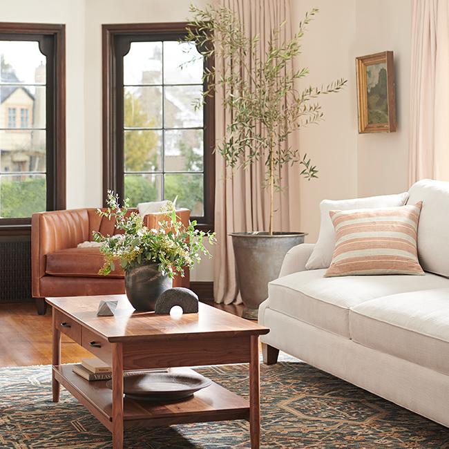 19q2l1 650x650 cat mp livingroom