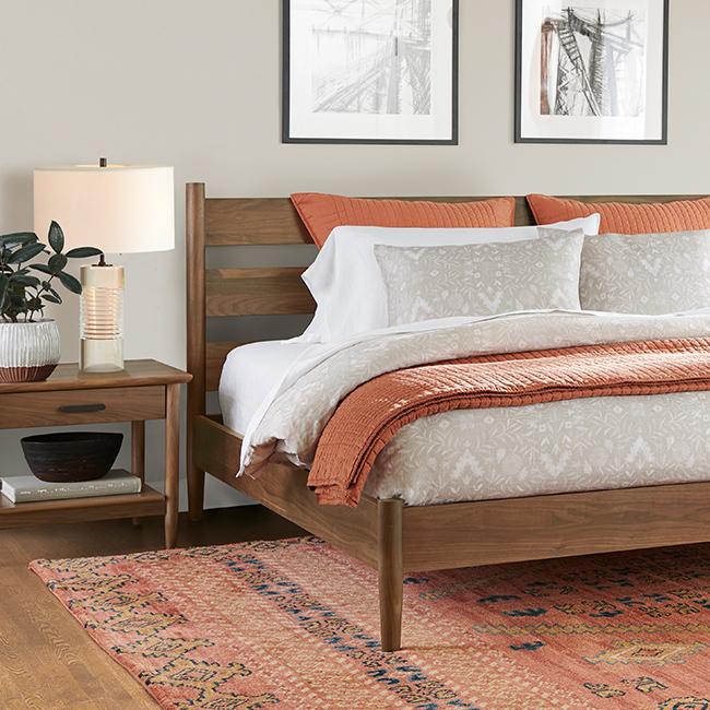 19q2l1 650x650 cat  mp bedroom