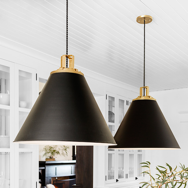 0918 kitchenlp 650x650 blacklighting