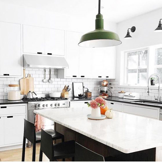 0918 kitchenlp 650x650 insta faux martha