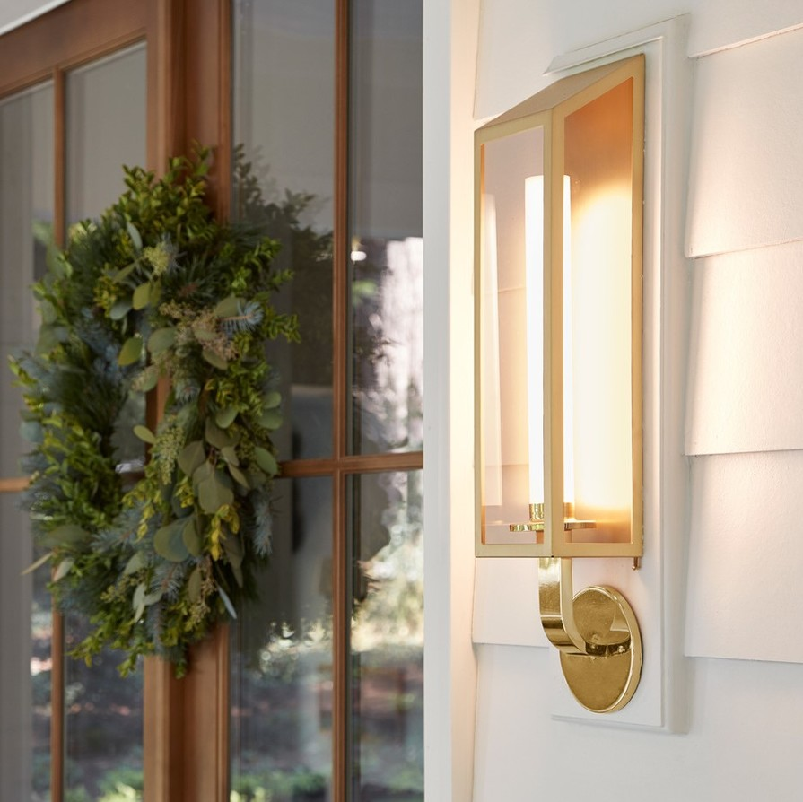 Sized y2018b8 formal front porch holiday v2 base 0928 a0983 2