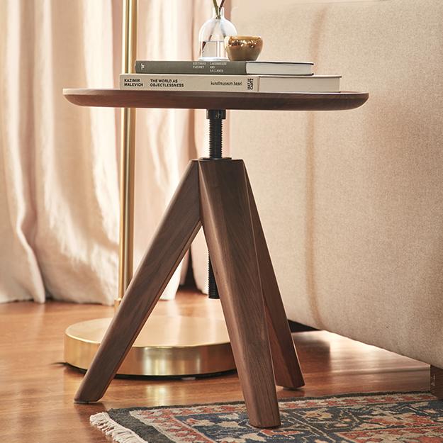 Q12020 livingroom new lp default nav side tables