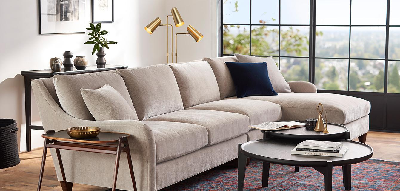 19q1l1 1340x640 livingroom2