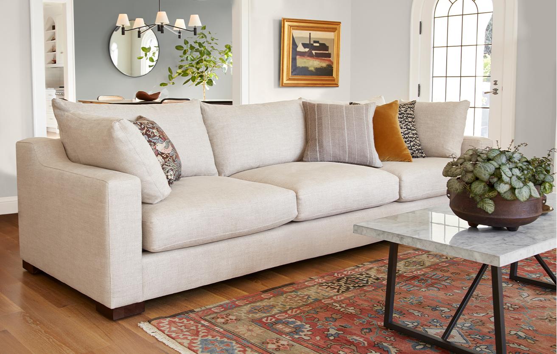 Q12020 livingroom new lp default feature sublimity 4